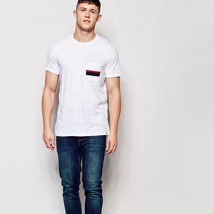 Abercrombie & Fitch Muscle Slim Fit T-Shirt White